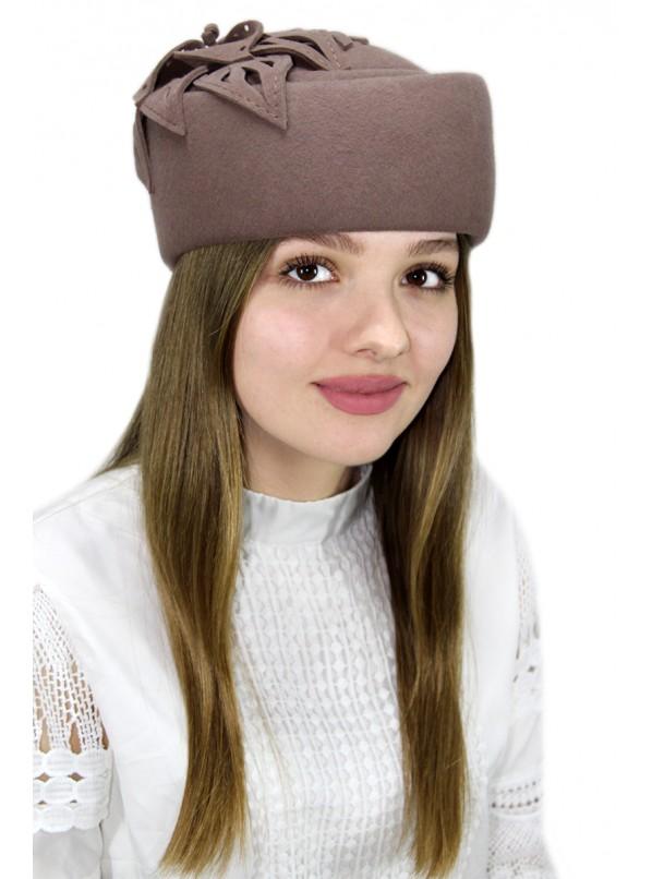 """Шляпка-таблетка """"Марбери"""""""